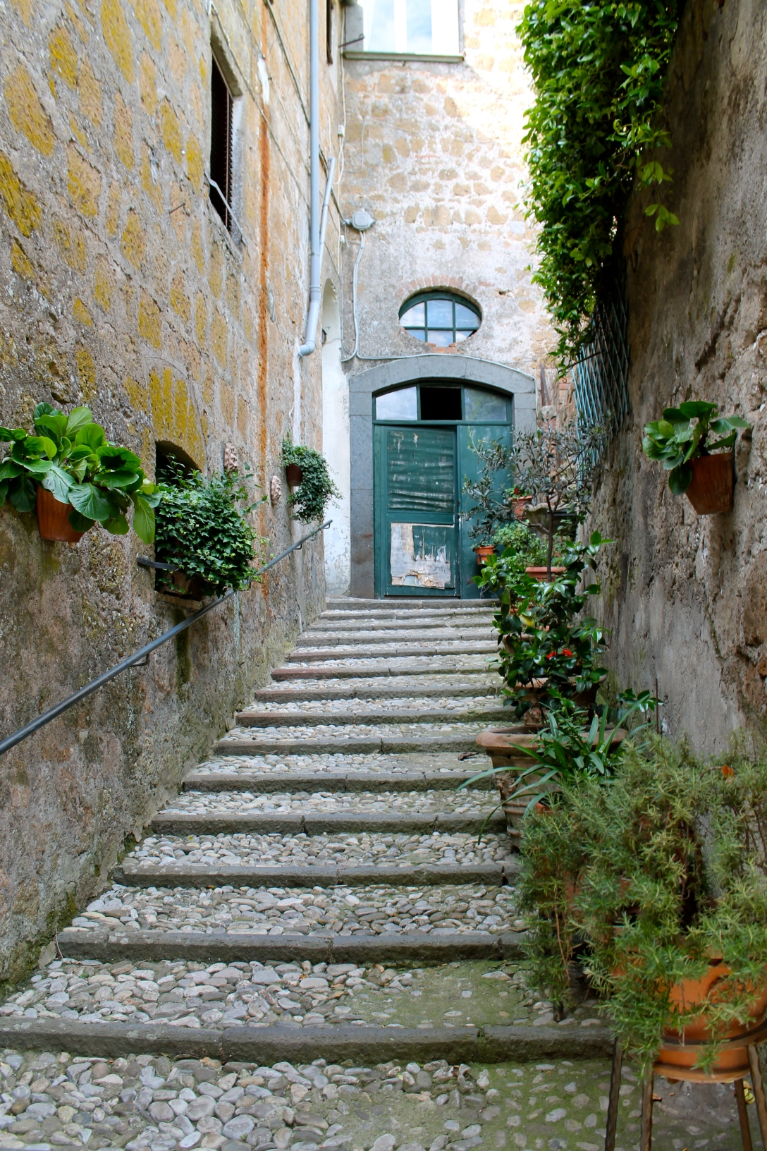 I found this beautiful staircase when I went roaming through the tiny town of Orvieto in Italy