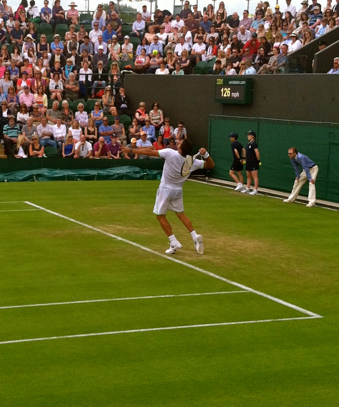 "Wimbledon Tennis--Completely worth the lack of sleep and hours standing in the ""queue"""